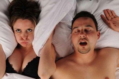 Wakker Liggen door Snurken