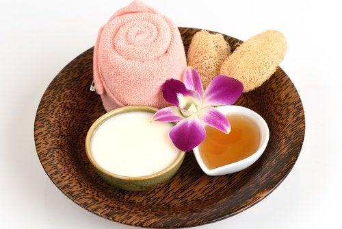 Crème en honing voor de huid
