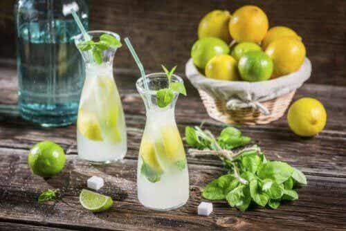 Een platte buik met deze drie heerlijke drankjes!