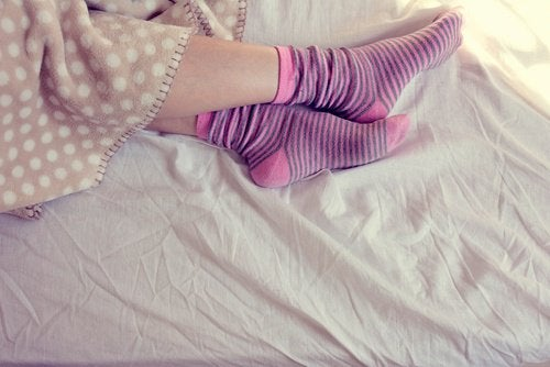 Sokken aan in bed