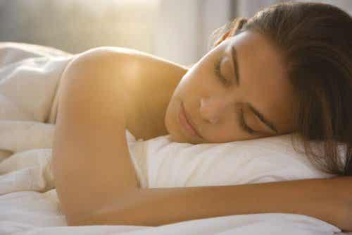 Zeven voordelen van naakt slapen