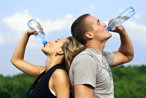 Water drinken om kramp te voorkomen