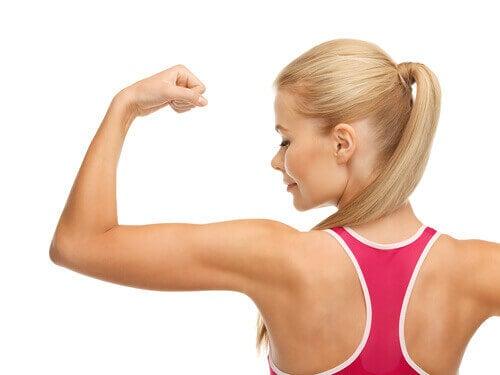 De spiermassa neemt af door uitdroging