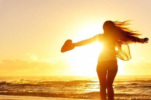 De zeven voordelen van vrijgezel en gelukkig zijn
