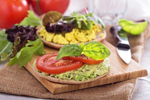 7 voedingsmiddelen die negatieve calorieën bevatten
