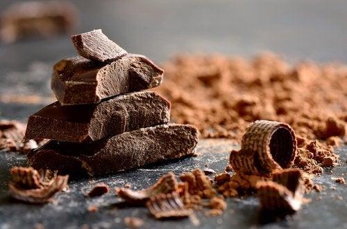 Pure Chocolade is een van de voedingsmiddelen die stress verminderen