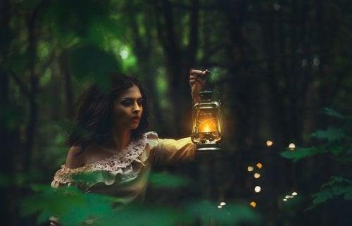 Vrouw met Lamp