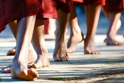 Leer lopend mediteren om negatieve emoties te wissen