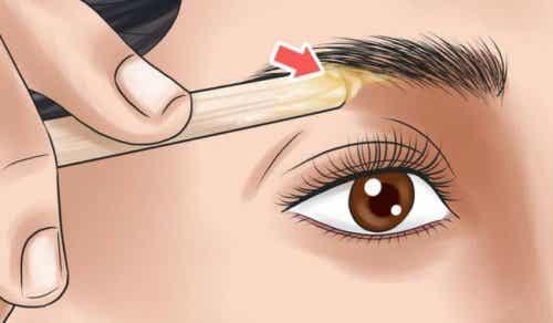 Leer je wenkbrauwen te verzorgen op basis van je gezichtsvorm