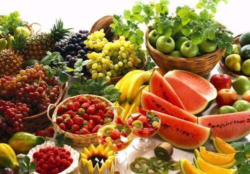 Fruit om endometriose te verlichten