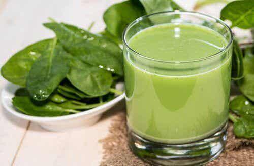 De vier beste groene smoothies om een hoge bloeddruk tegen te gaan