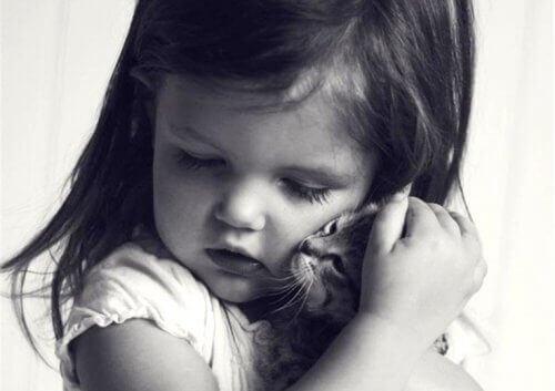 Emotionele ontbering: een gebrek aan voedsel voor de ziel