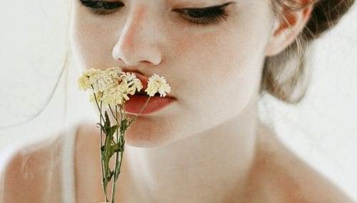 Ruiken aan Bloemen