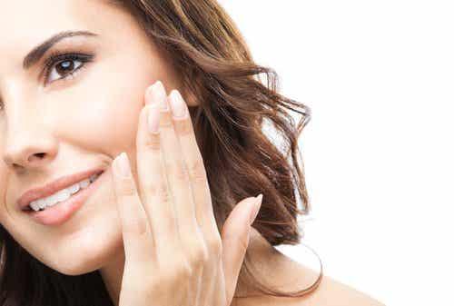 7 tips om je gezicht snel te revitaliseren