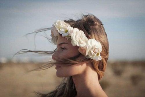 Vrouw met Bloemenkrans
