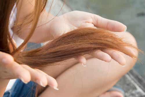 9 tips om gespleten haarpunten te voorkomen