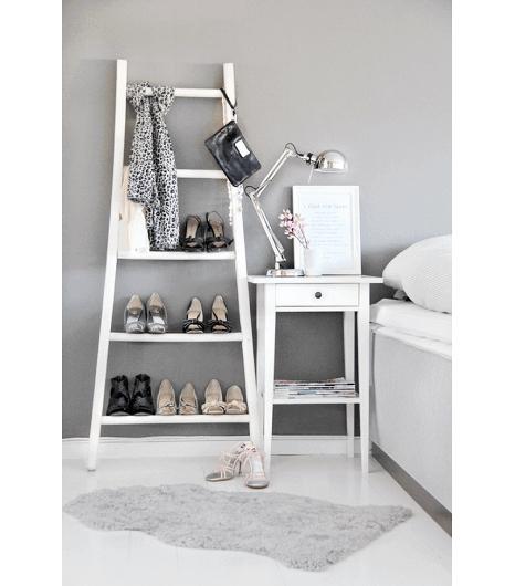 Schoenen op een Ladder