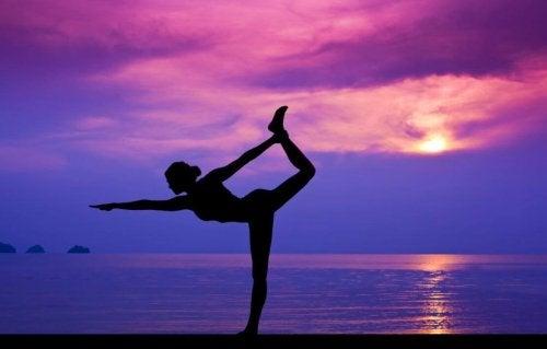 Yoga kan een vervanging zijn voor medicijnen