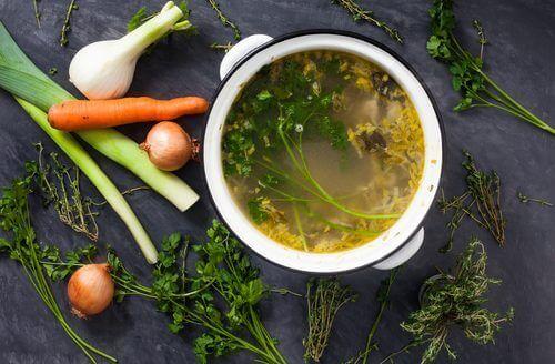Maak lekkere bouillons van groenten en verlies gewicht!