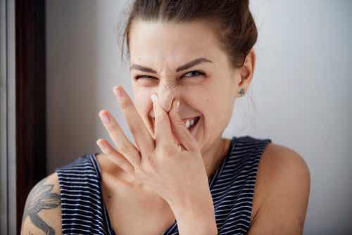 Als eten een onaangename lichaamsgeur veroorzaakt
