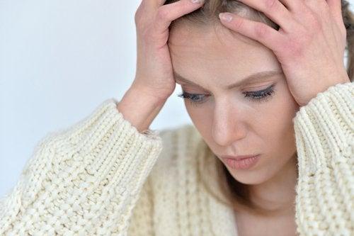 Hoofdpijn is een van de gevolgen van angst voor je lichaam