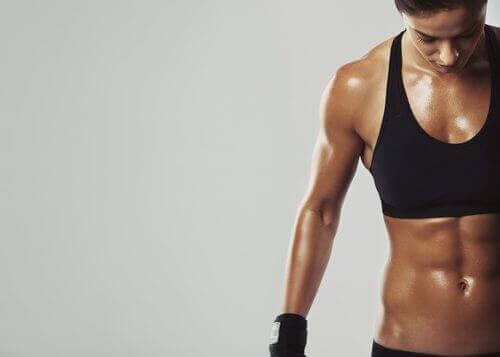 7 tips voor het verbranden van vet en het genereren van spiermassa