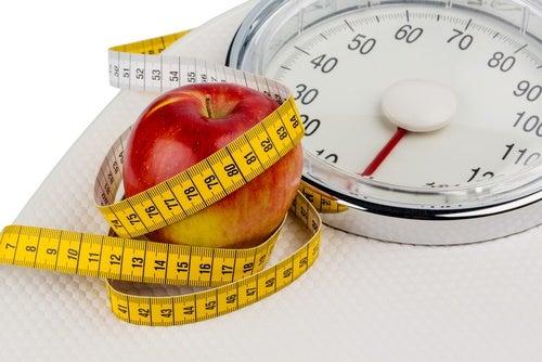 Op je gewicht letten voor het verminderen van rugpijn