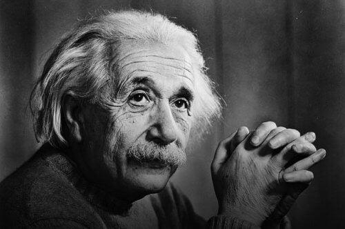 Albert Einstein is een van de succesvolle mensen die zich niet lieten tegenhouden door tegenslag