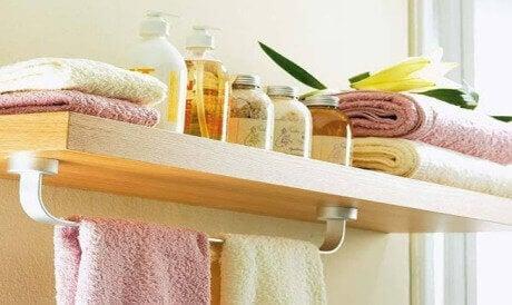 Laat deze 8 dingen nooit in je badkamer liggen
