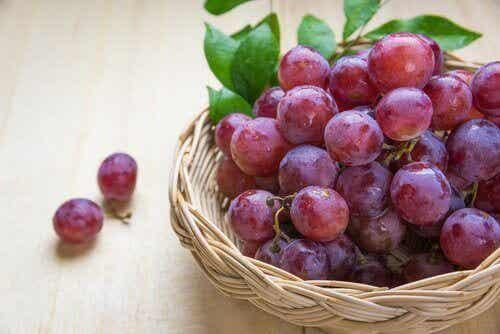 5 redenen om rode druiven te eten