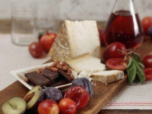 Welke voedingsmiddelen kunnen migraine verergeren?