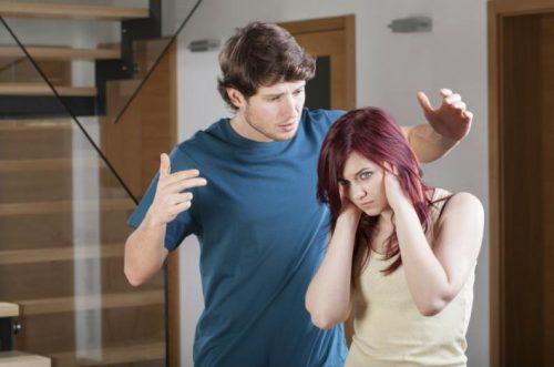 Gedrag dat je nooit moet accepteren in een relatie