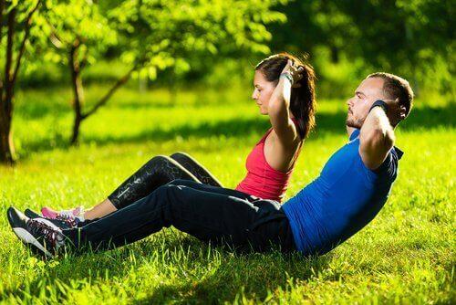 Een van de oefeningen voor fantastische seks is het versterken van je bovenlichaam