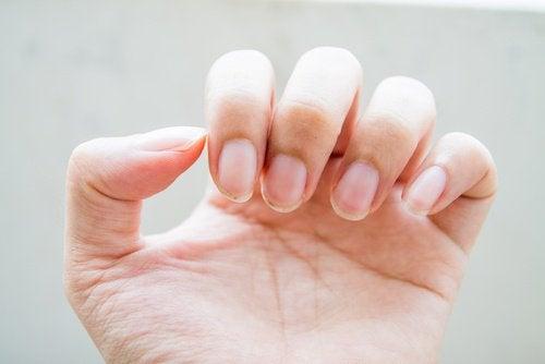 toepassingen van zeep nagels schoonhouden