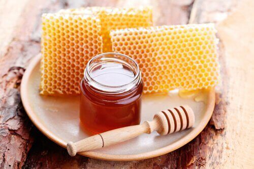 Honing tegen droog haar