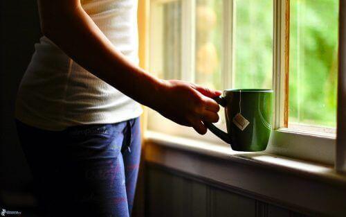 Het drinken van thee veroorzaakt veranderingen die kanker kunnen tegengaan