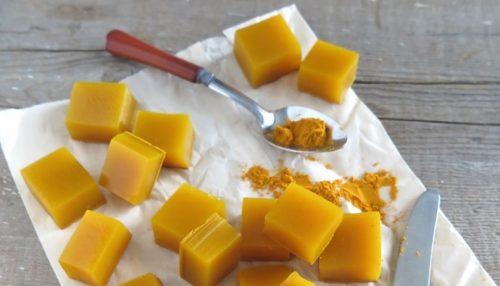 Gelatine blokjes met honing en kurkuma: geweldig ontstekingsremmend!