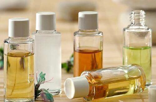 Natuurlijke oliën om je gezicht schoon te maken
