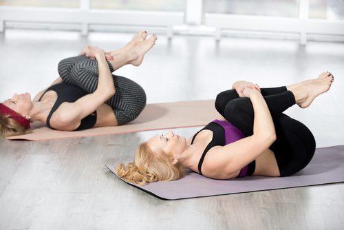 Rekoefeningen voor de rug en rugpezen