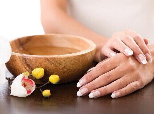 Olie voor verzorgde nagels