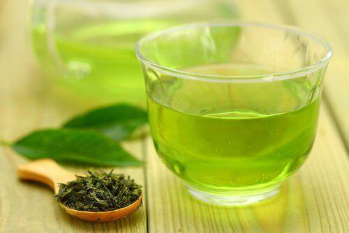 Cellulitis en groene thee