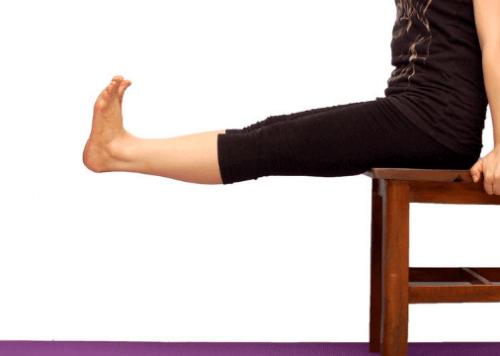 Kniepijn verminderen door je benen te strekken