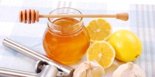 Honing en amandelen