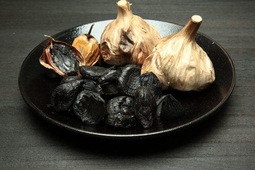 Wat je moet weten over zwarte knoflook