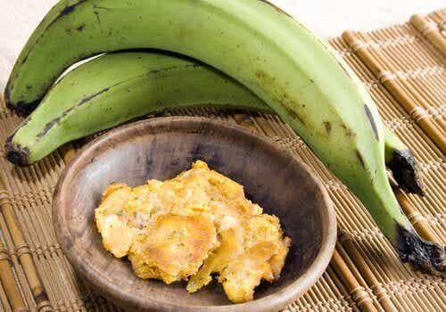 Zeven gezondheidsvoordelen van groene bakbananen