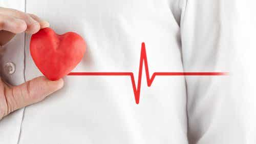Herken het verschil tussen een hartaanval en een paniekaanval
