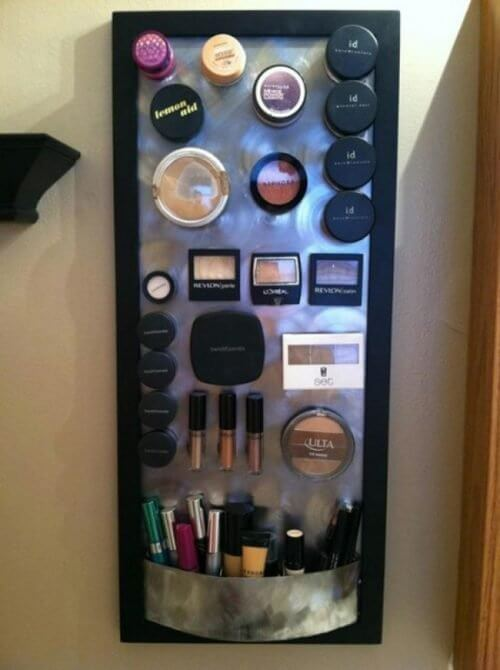 Huis op orde met een make up bord