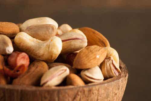 Waarom zou je noten en zaden moeten laten weken?