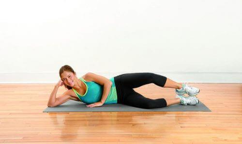 Benen optillen tegen pijn in de benen