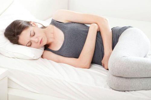 Bekkenpijn is een van de 8 symptomen van kanker
